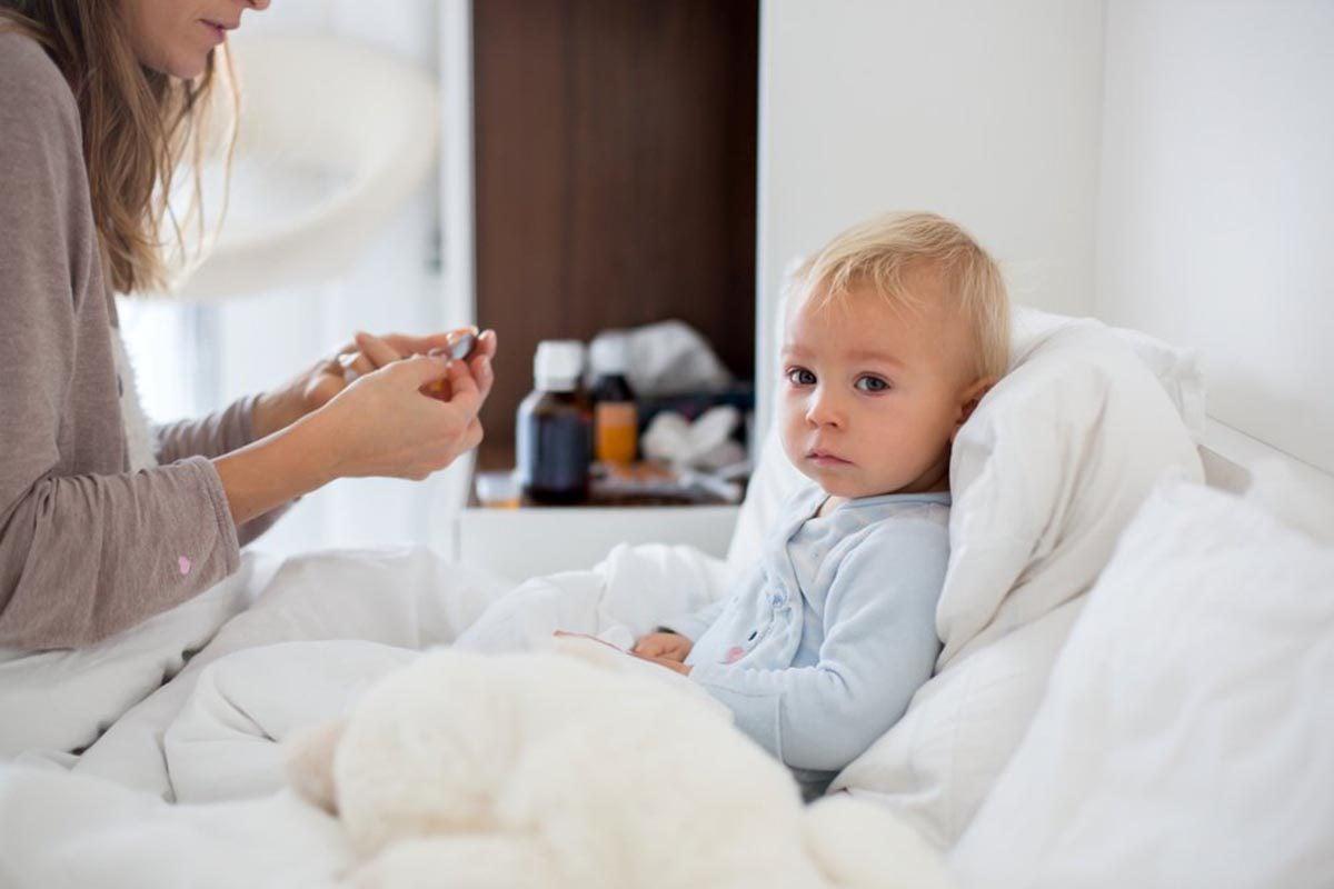 La grippe est dangereuse chez les enfants.
