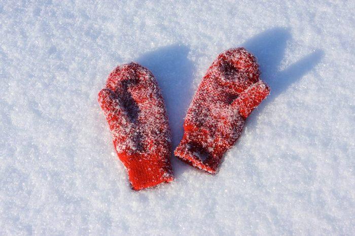 Prévenez l'hyperthermie en portant des vêtements chauds.