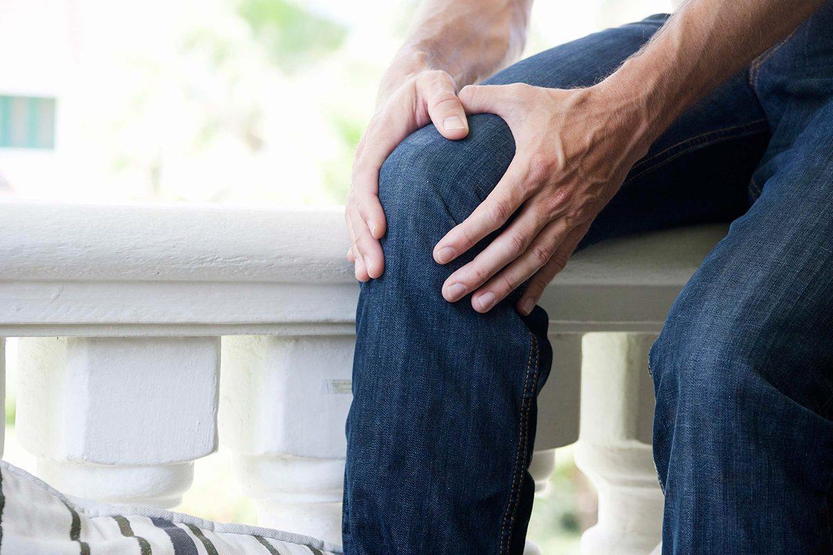 Le lupus peut ressembler à de l'arthrite.