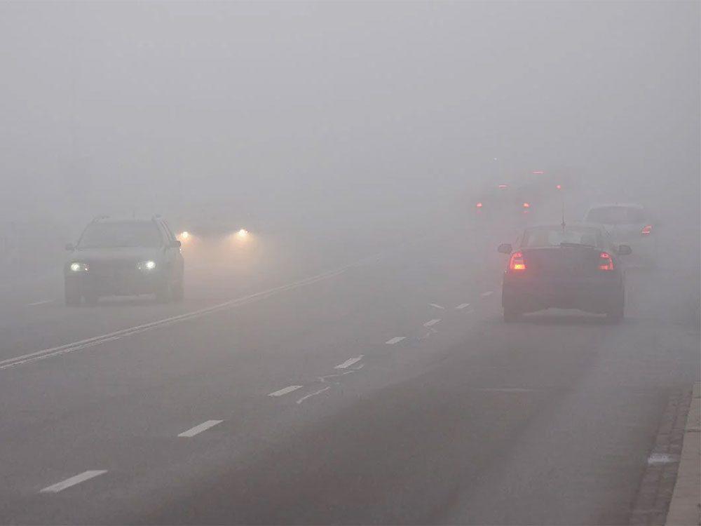 Quand on utilise l'expression «un brouillard à couper au couteau» pour parler de la météo en hiver.