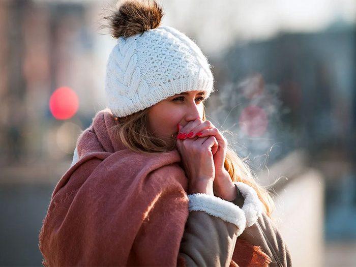 Quand on utilise l'expression «le temps est cru» pour parler de la météo en hiver.