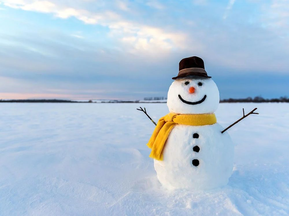 Quand on utilise l'expression «de la neige collante» pour parler de la météo en hiver.