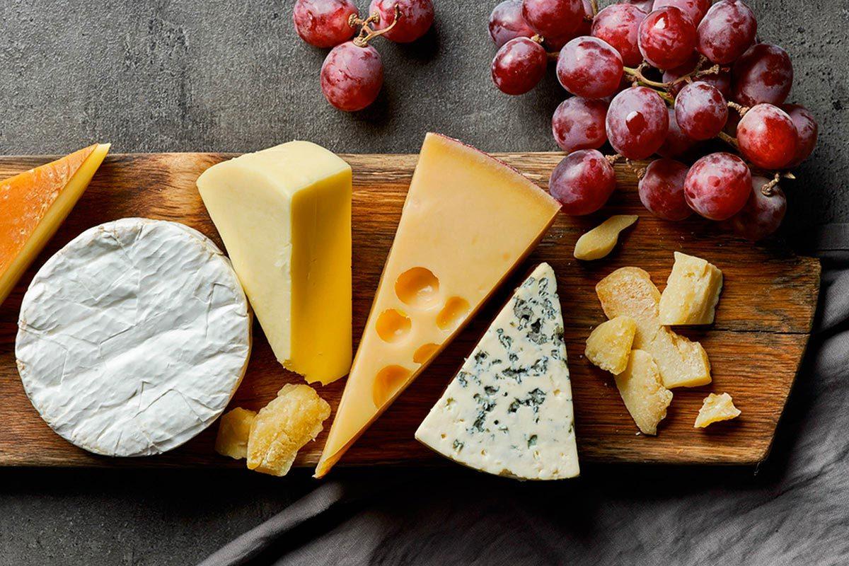 Mythes sur la santé : le fromage au coucher déclenche des rêves étranges