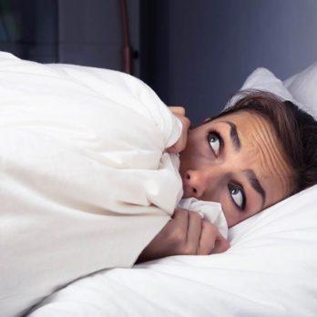 10 choses terrifiantes sur la paralysie du sommeil