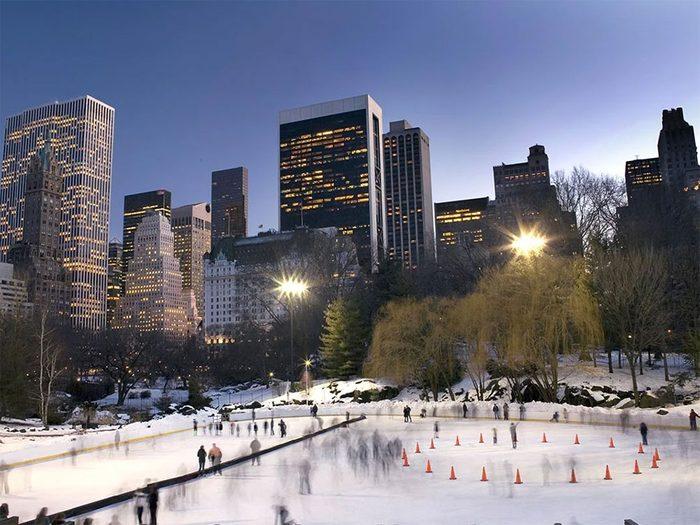 La patinoire de Central Park à New York.