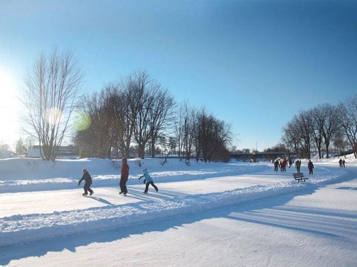 La patinoire de l'Assomption au Québec.