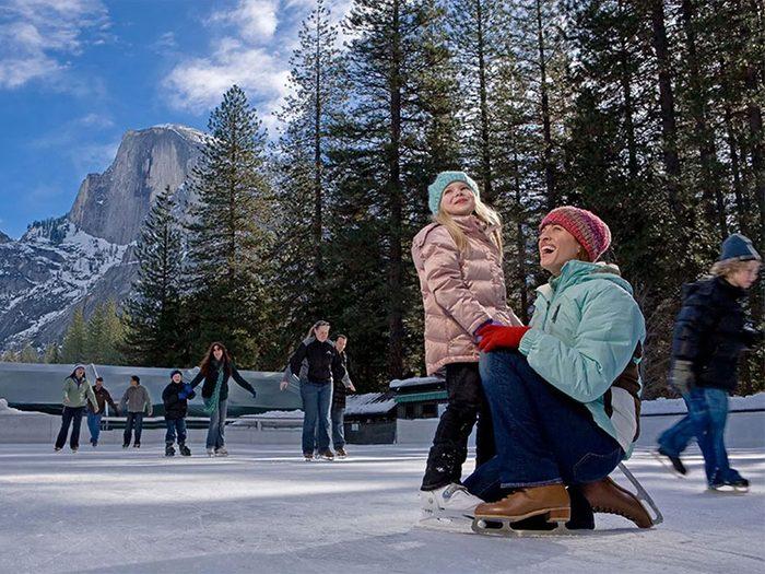 Une patinoire en Californie aux États-Unis.