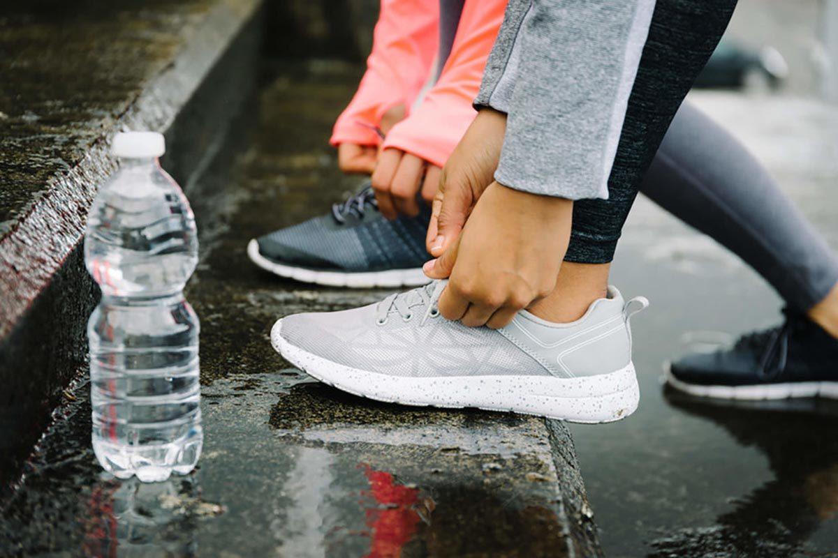Pour perdre du poids, buvez de l'eau.