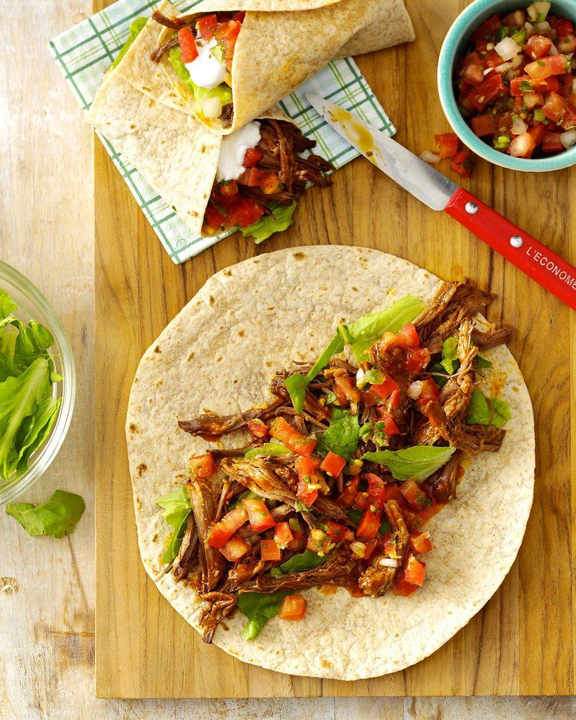 Recette à la mijoteuse : tortillas de boeuf effiloché à la mexicaine