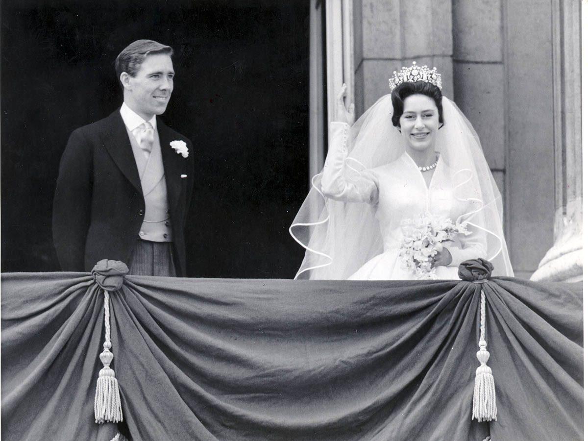 La reine Élisabeth II a accepté que le mariage de sa jeune sœur soit télévisé.