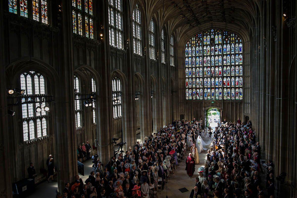 La reine Élisabeth II a permis au Pince Harry de marier une divorcée à l'église.