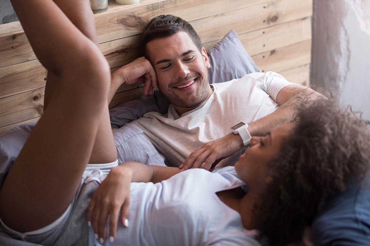 Relation amoureuse : le jouet sexuel le plus efficace est… votre voix.