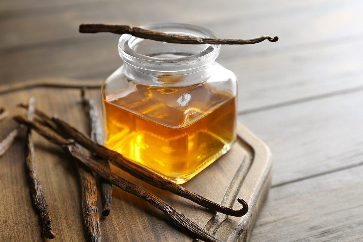 Remèdes maison contre les douleurs arthritiques : l'extrait de vanille.