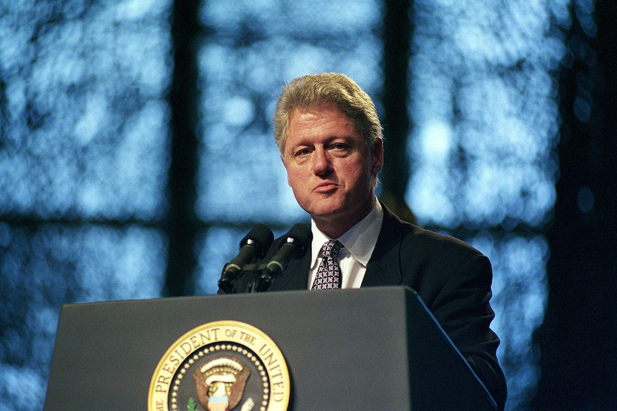 Bill Clinton a été scout.