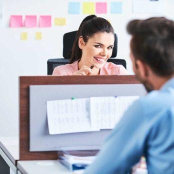10 choses à considérer avant de sortir avec un collègue