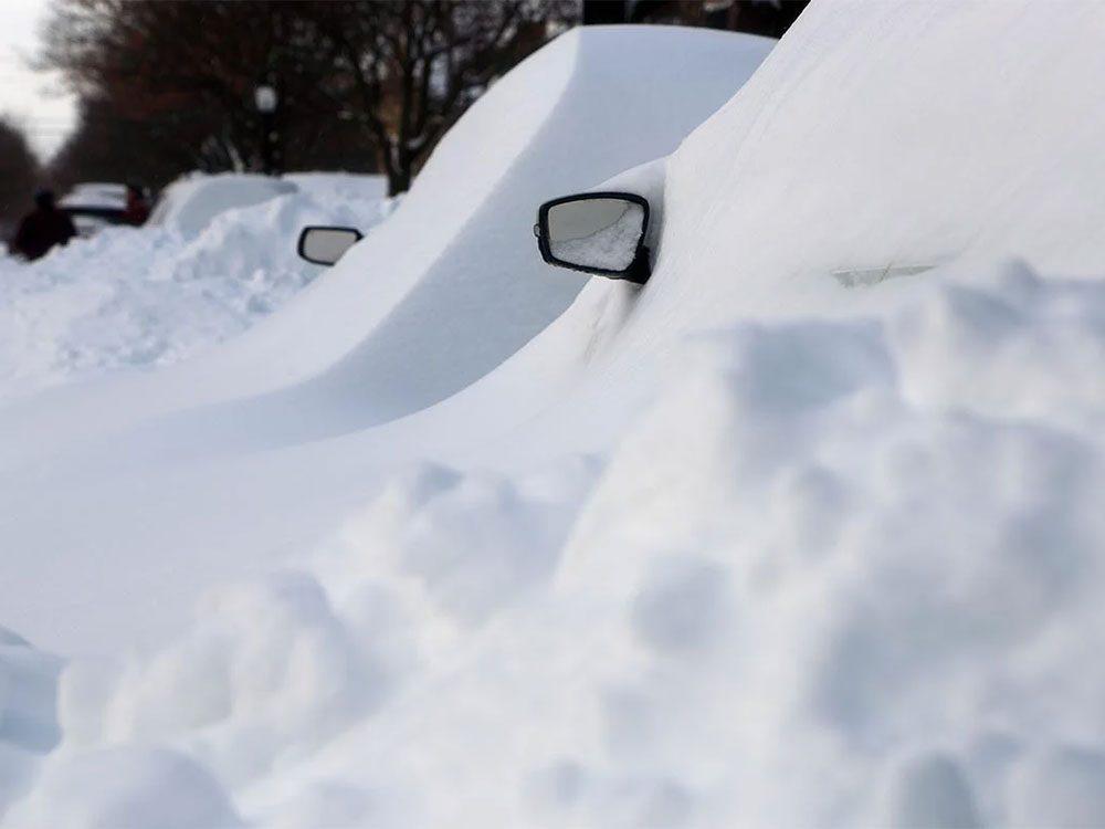 En février 1999 s'est déroulée l'une des pires tempêtes de neige du Québec et du Canada.