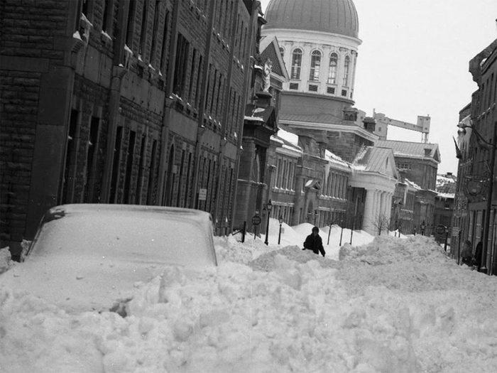 En mars 1971 s'est déroulée l'une des pires tempêtes de neige du Québec et du Canada.