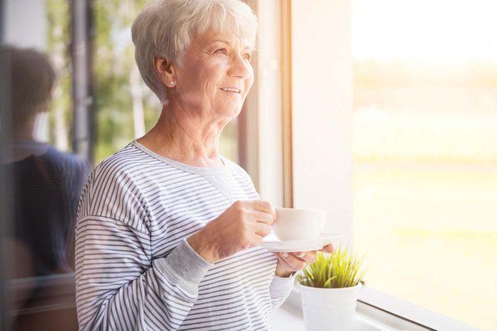Une carence en vitamine B12 est plus répandue chez les personnes âgées.