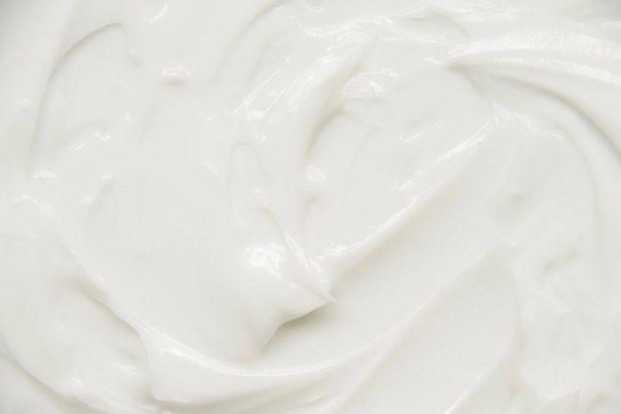 Aliments anti-âge : le yogourt grec.