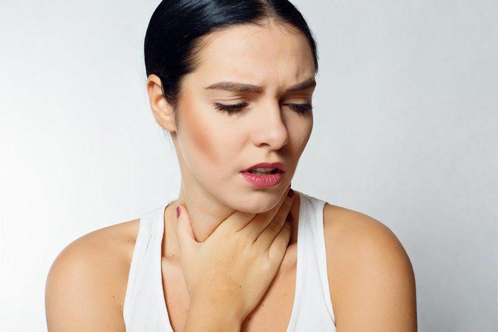 Symptôme de cancer chez la femme : enflure des ganglions.