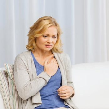 Cancer chez la femme: 20 symptômes à ne jamais ignorer