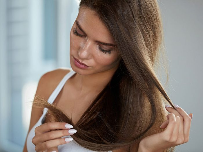 Gardez vos cheveux fins propres.