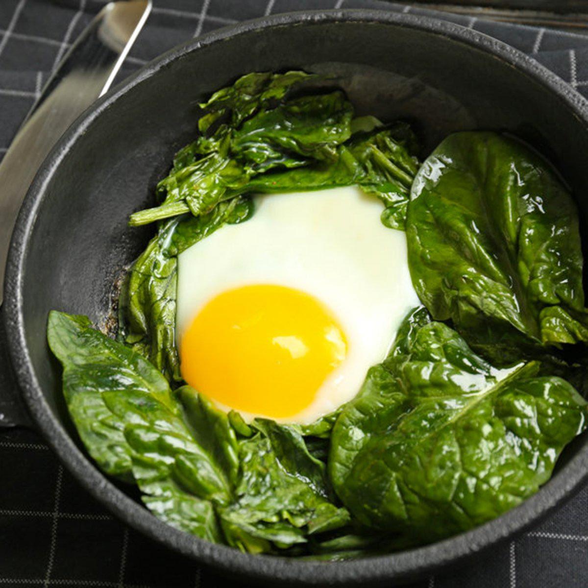 Pour cuisinier rapidement, faites double emploi de vos casseroles.