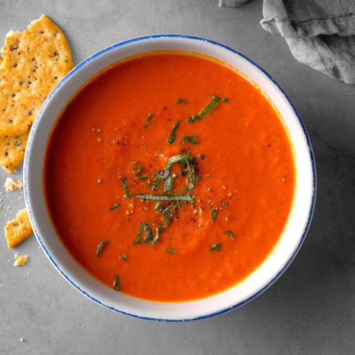 Pour cuisinier rapidement, faites une soupe d'été express.