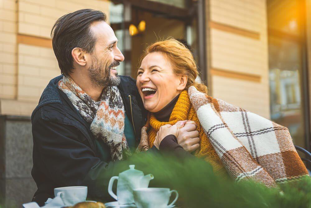 Après le divorce, il est possible de retomber amoureux.