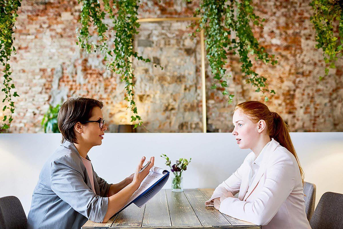 Emploi entrevue : faites preuve de modestie.
