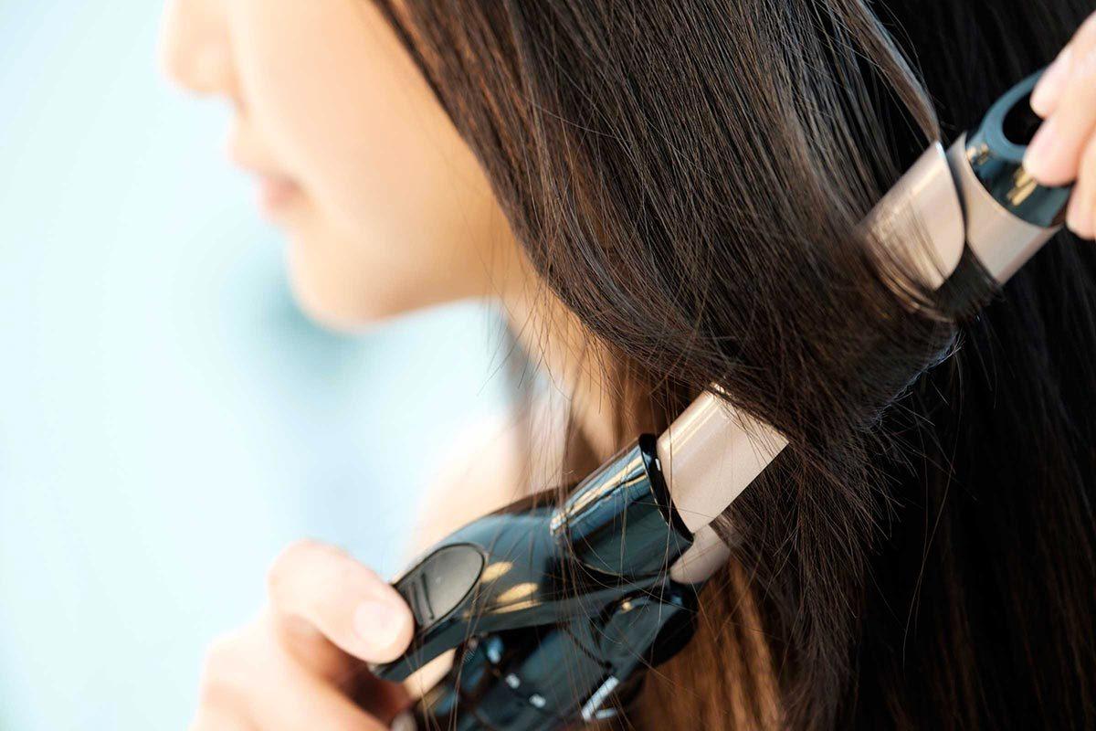 Cheveux fins : attention à l'abus de chaleur.