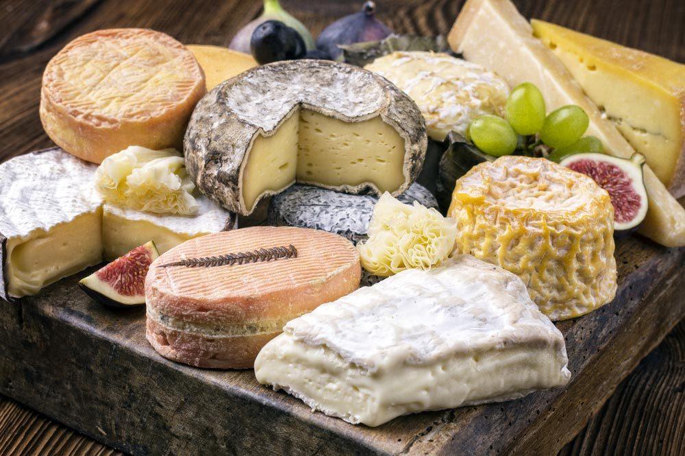 Habitudes alimentaires : évitez de manger trop de fromage.