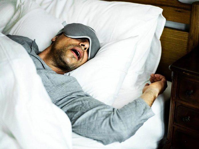 Le manque de sommeil augmente le risque d'apnée du sommeil.