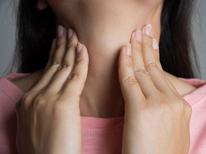 Le manque de sommeil peut augmenter le risque de problèmes thyroïdiens..