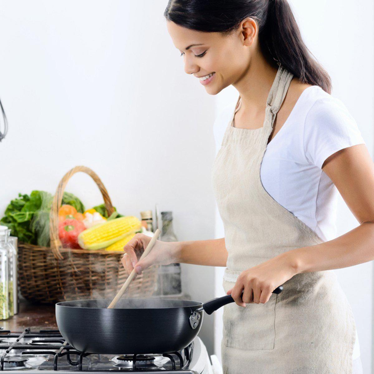 Conseil de marie Kondo : remplacez les objets du quotidien qui paraissent ternes.