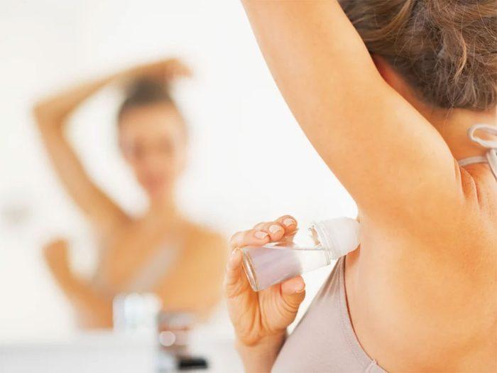 Ne pas utiliser de déodorant avant une mammographie chez le médecin.
