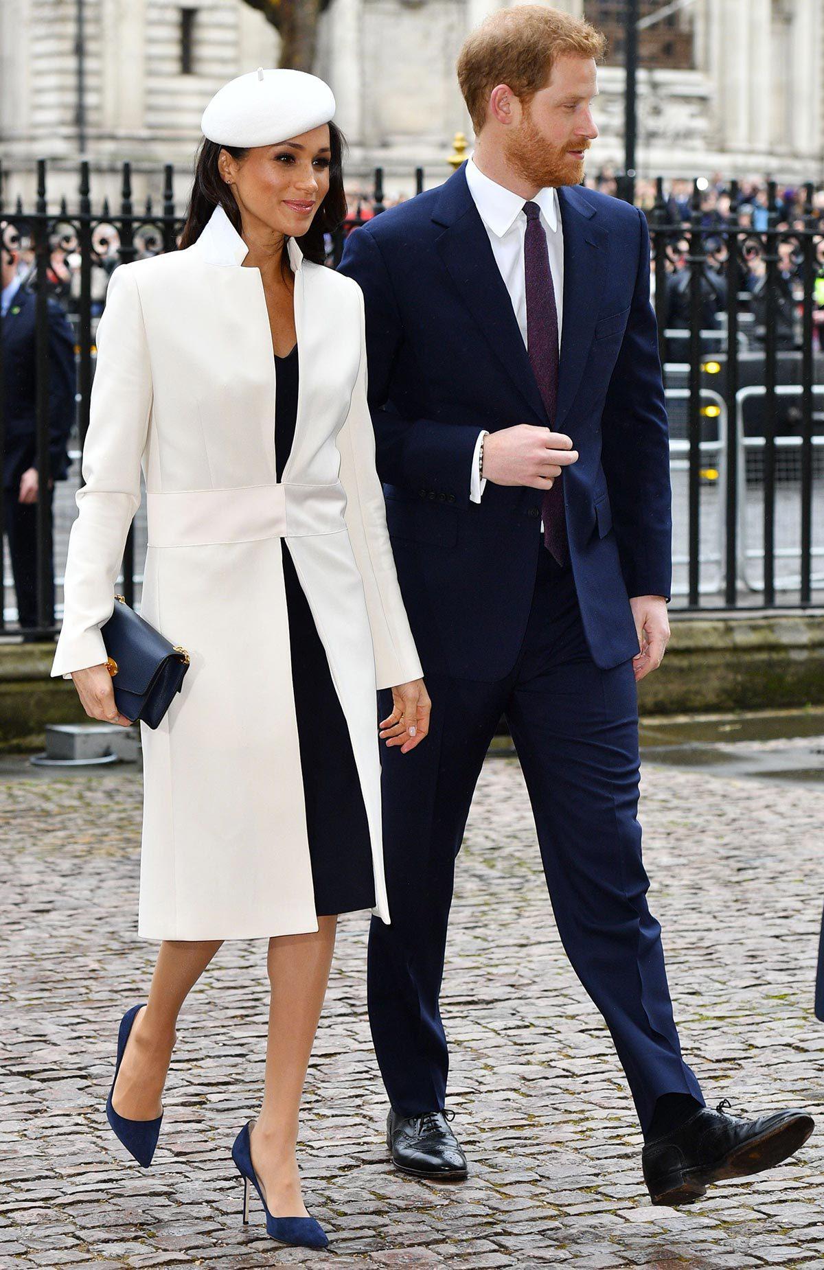 Meghan Markle adopte un style royal.