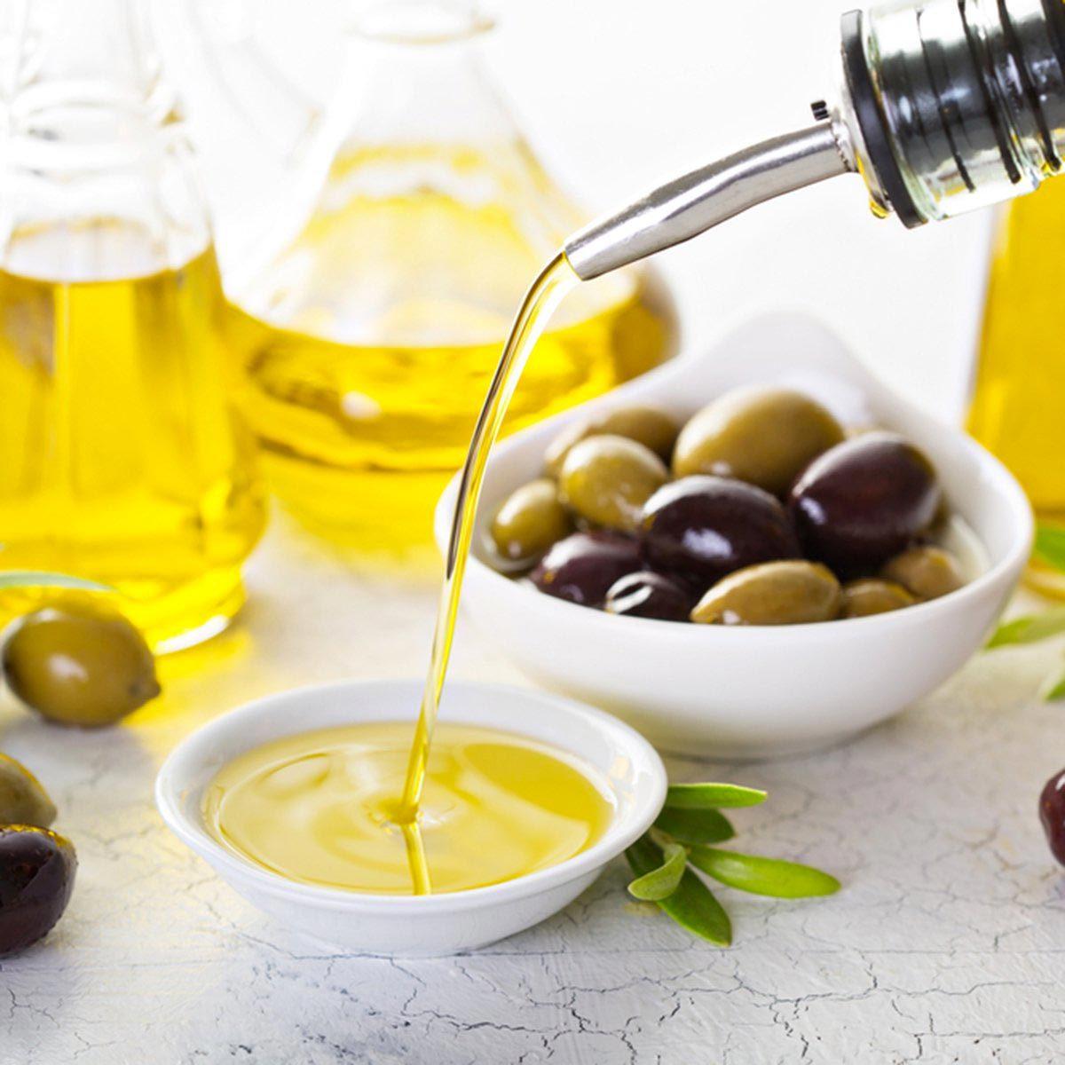 Les meilleurs aliments pour avoir une belle peau : l'huile d'olive.