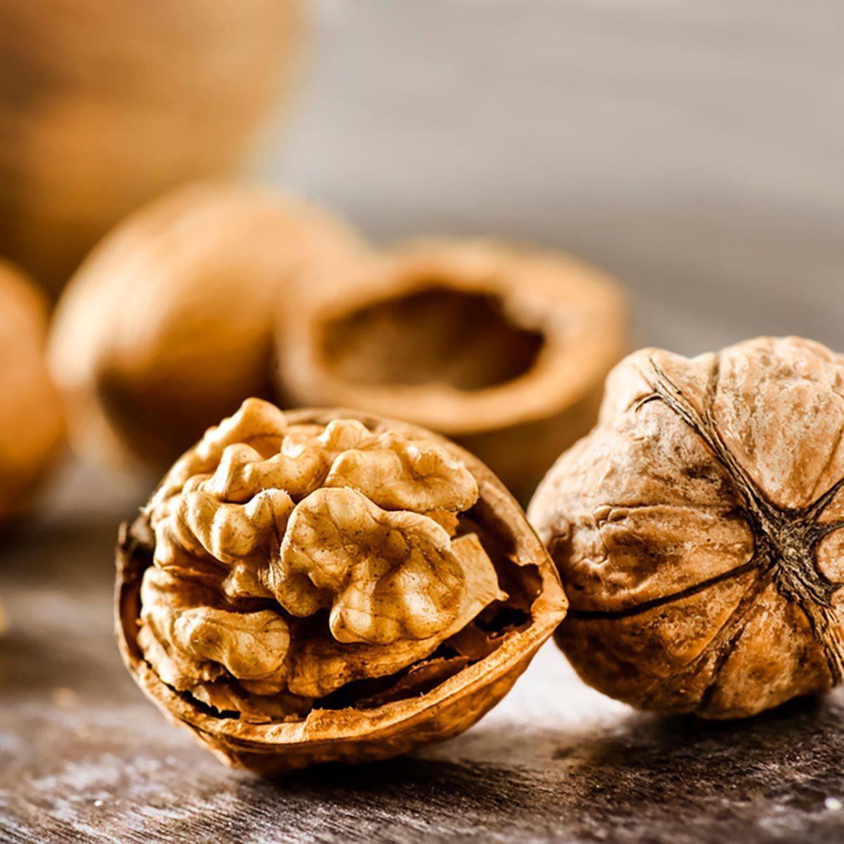 Les meilleurs aliments pour avoir une belle peau : les noix.