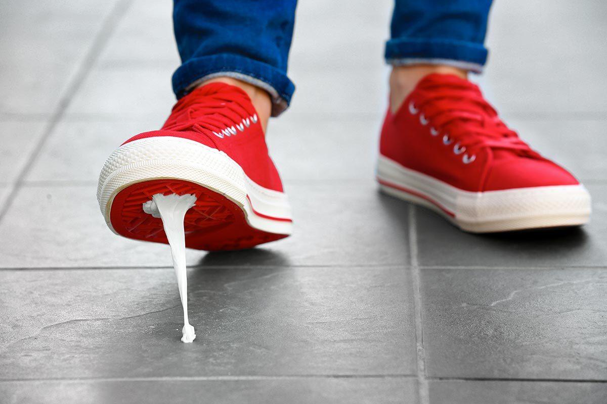 Métiers insolites : spécialiste de l'élimination de gommes à mâcher