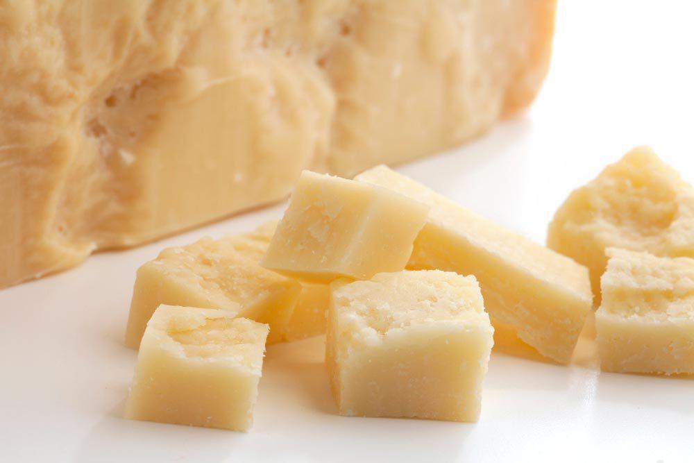 Métiers insolites : testeur sonore de parmesan