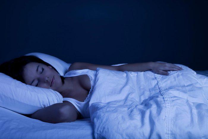 Pour mieux dormir, éteignez tout à 23h.