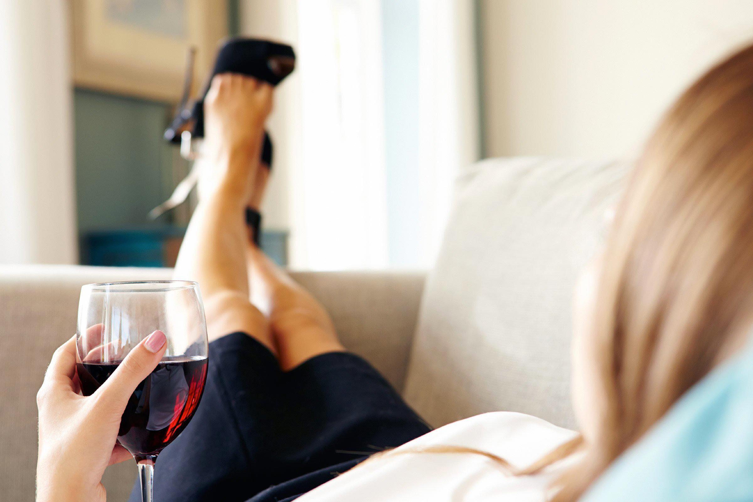 Pour mieux dormir, servez-vous un verre avant le souper.