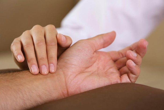 Les palpitations cardiaques peuvent signaler un problème si votre coeur se met à battre très vite.