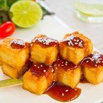 Recette végétarienne: brochettes de tofu et sate