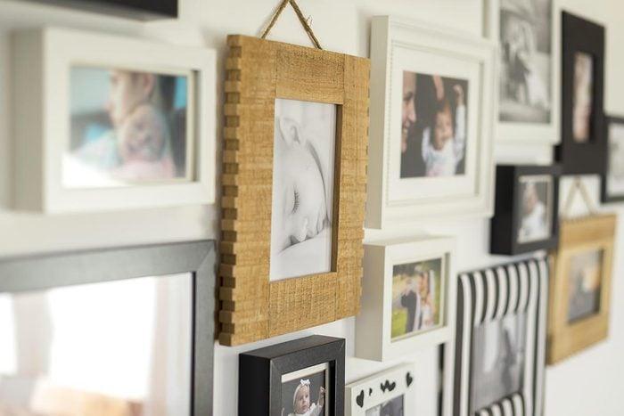 Recyclage maison : Rectifier un cadre avec des bouchons de liège