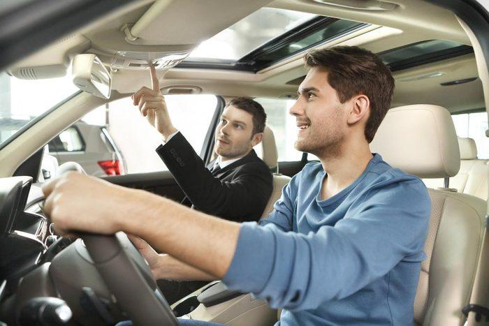 Achat de véhicule : Quels accessoires pouvez-vous m'offrir?
