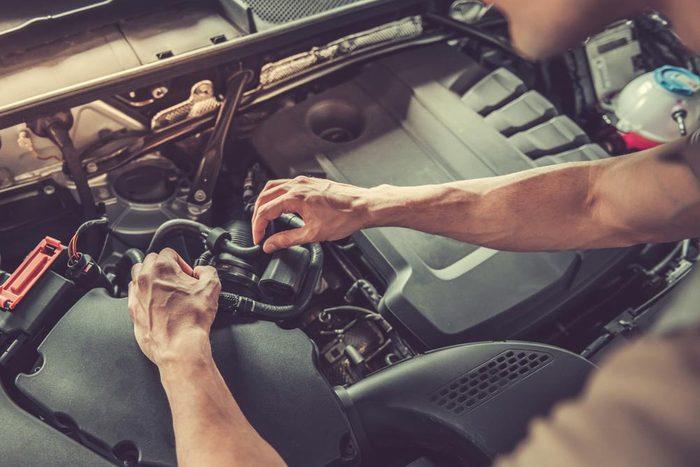 Achat de véhicule : Quels seraient les avantages de payer un contrat d'entretien?