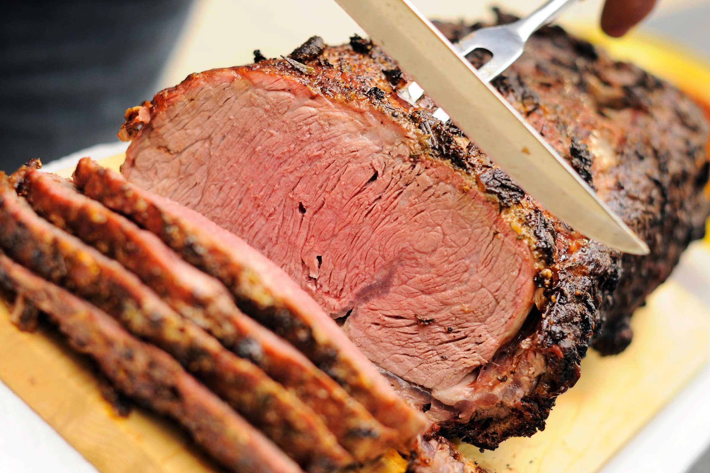 Crise d'arthrite : évitez la viande.
