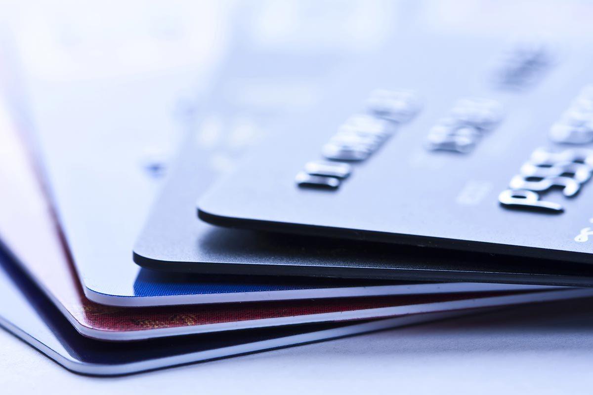La carte de crédit d'une autre banque peut offrir plus d'avantage.